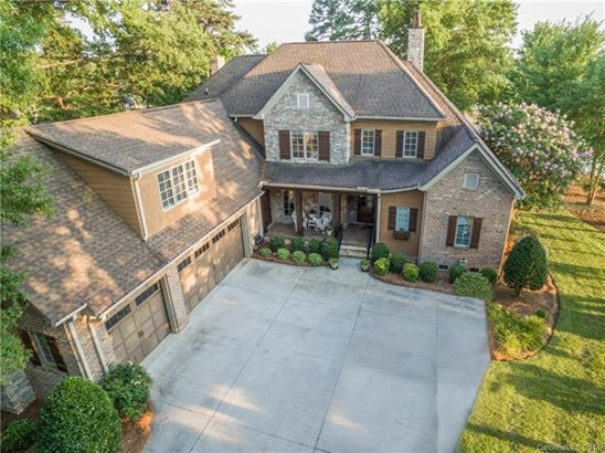 Transitional, 2 Story - Cornelius, NC