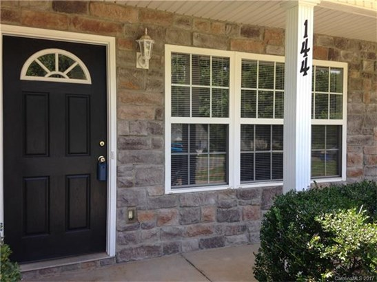 Traditional, 2 Story - Troutman, NC (photo 2)