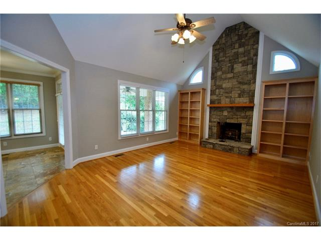 1.5 Story, Traditional - Mooresville, NC (photo 5)