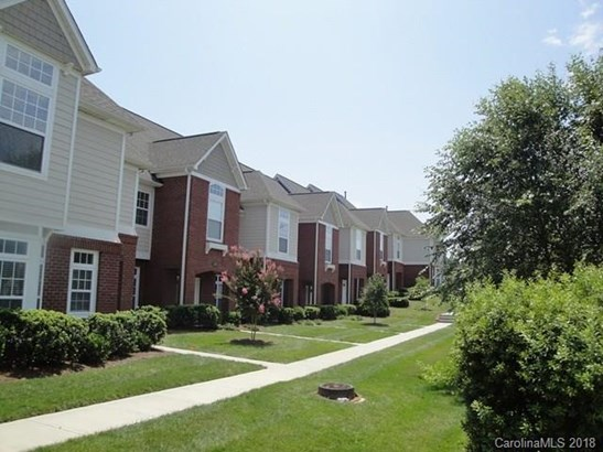 Townhouse - Davidson, NC (photo 2)