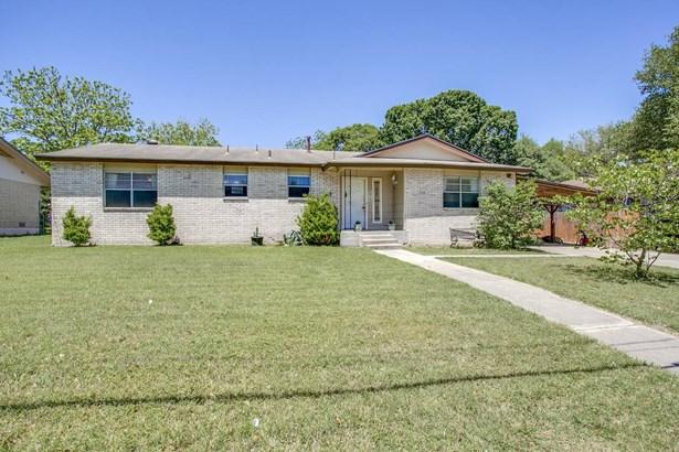 3715  Sherril Brook Road , San Antonio, TX - USA (photo 2)
