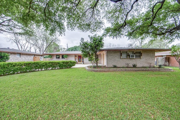 418  Faircrest Dr , San Antonio, TX - USA (photo 1)