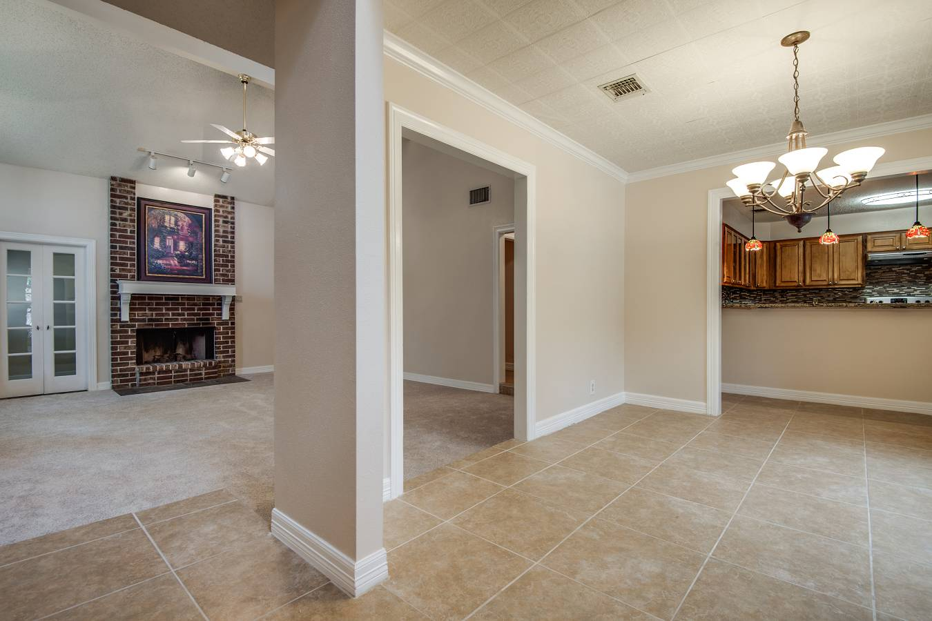 1815   Eagle Meadow , San Antonio, TX - USA (photo 4)