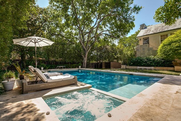 120 W. Lynwood Avenue , San Antonio, TX - USA (photo 5)