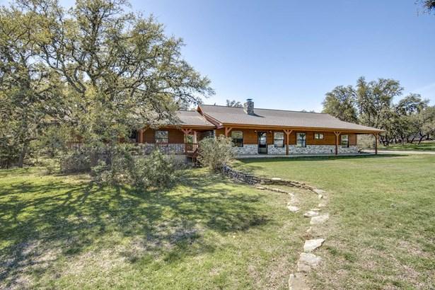 105  Cliffwood , Canyon Lake, TX - USA (photo 2)