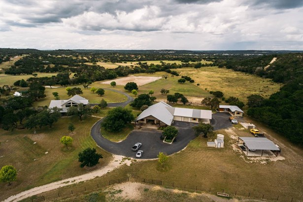 888  Bear Creek Rd , Kerrville, TX - USA (photo 3)