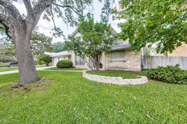 5815  Sun Country Street , San Antonio, TX - USA (photo 2)