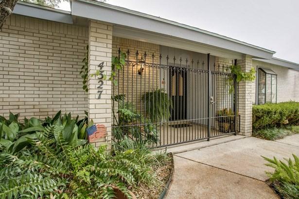 4327  Muirfield St. , San Antonio, TX - USA (photo 2)
