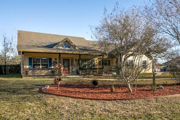 1710  Embassy Rd , Pleasanton, TX - USA (photo 2)