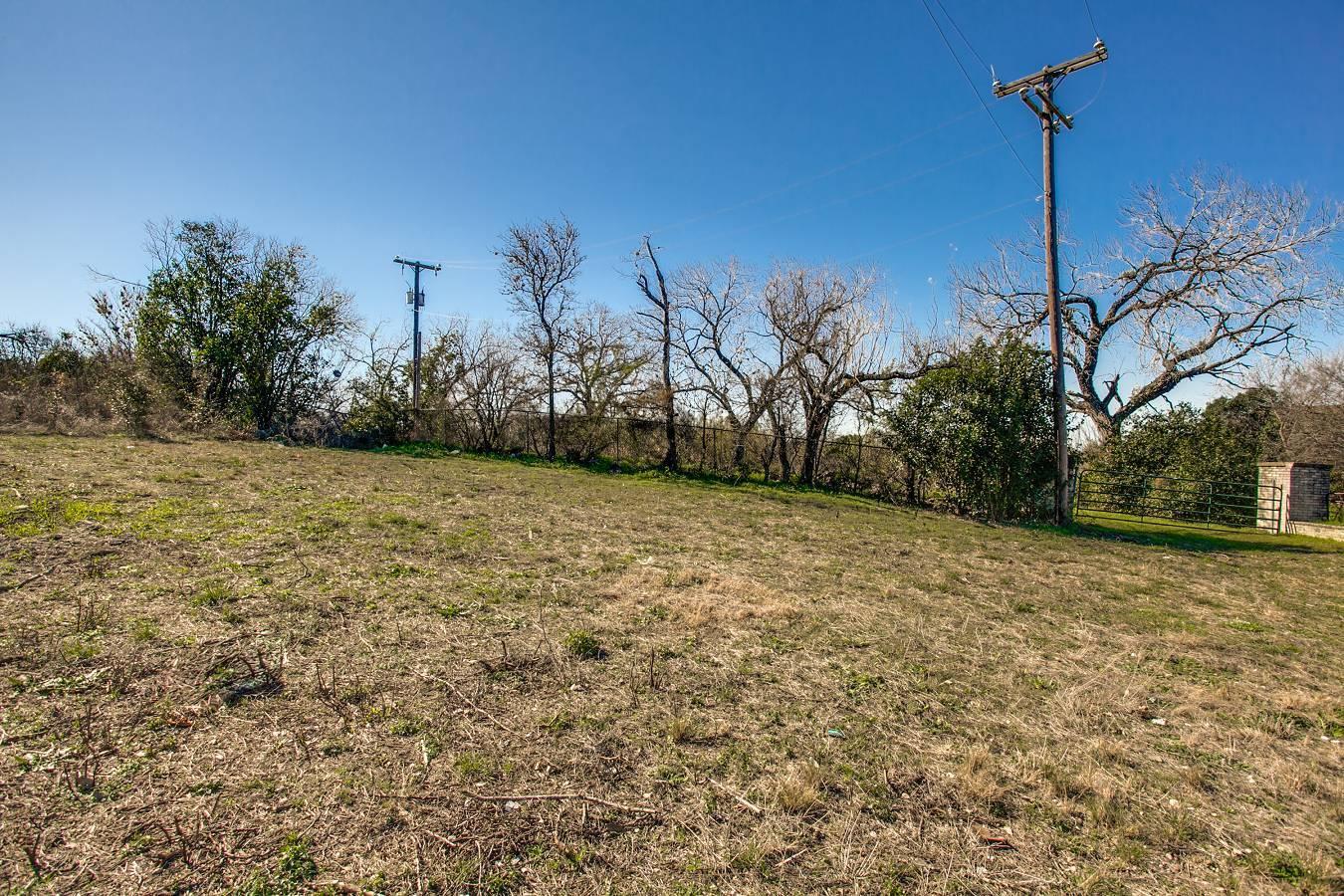 2259  Bandera Rd , San Antonio, TX - USA (photo 3)