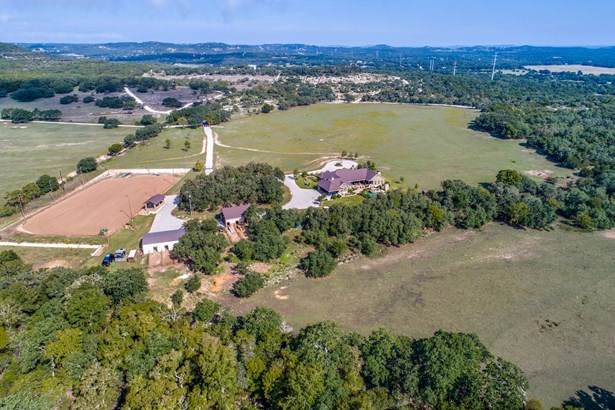 1881  Upper Balcones Rd , Boerne, TX - USA (photo 2)