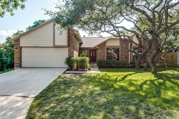 8814  Rustling Meadows , San Antonio, TX - USA (photo 2)