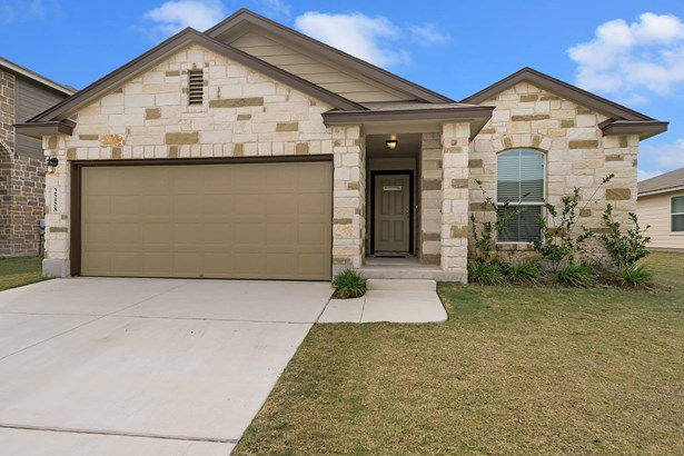 2258   Clover Ridge , New Braunfels, TX - USA (photo 1)