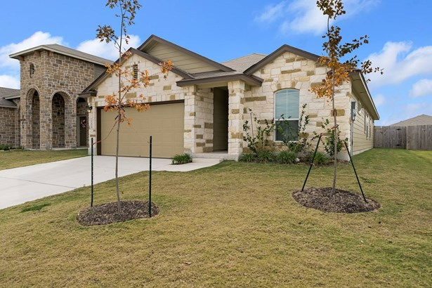2258   Clover Ridge , New Braunfels, TX - USA (photo 3)