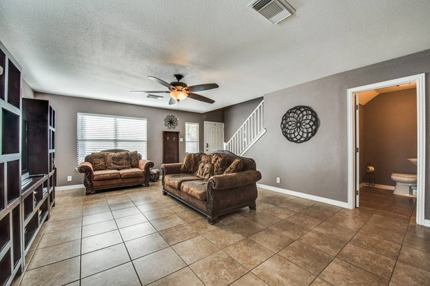 9938  Stonefield Pl , San Antonio, TX - USA (photo 5)