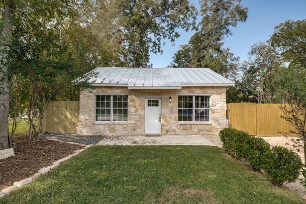 1650  Katy St. , New Braunfels, TX - USA (photo 2)