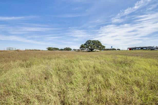 1609  Hwy. 181 N. , Floresville, TX - USA (photo 5)