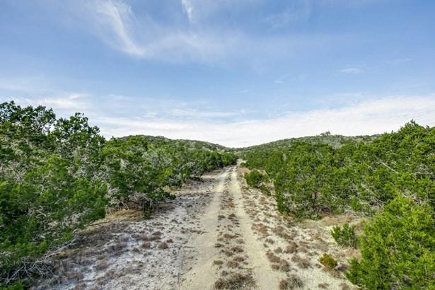 121  Elm Pass Road (la) , Center Point, TX - USA (photo 3)