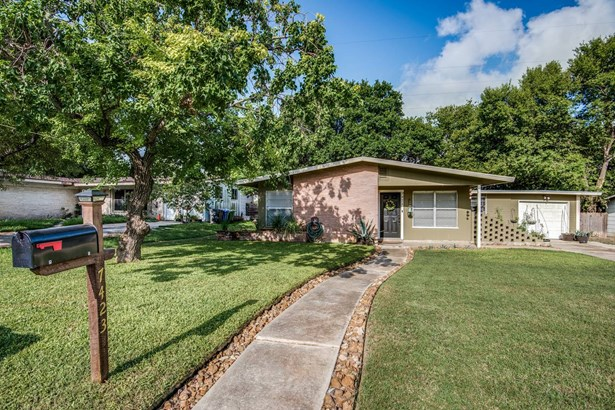 7423  Dell Oak Drive , San Antonio, TX - USA (photo 1)
