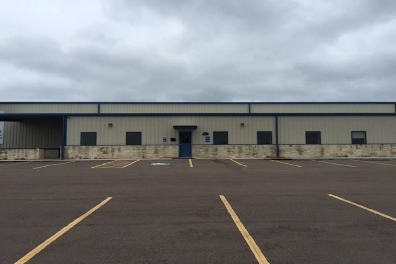 225  Commerce Court , Gonzales, TX - USA (photo 1)