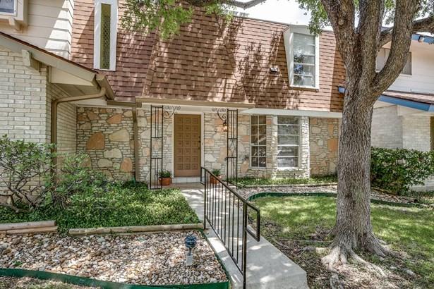 6106  Vance Jackson Road Unit 2, San Antonio, TX - USA (photo 2)