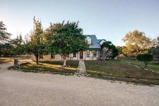 2337  River Bluff Circle , Pipe Creek, TX - USA (photo 1)