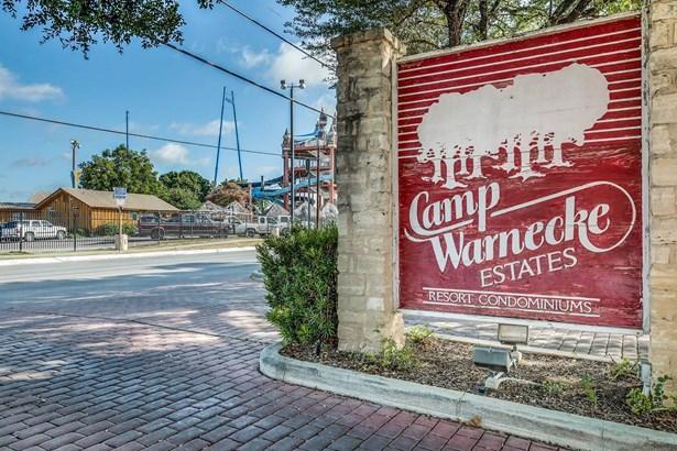 371 W. Lincoln Street Unit C218, New Braunfels, TX - USA (photo 2)