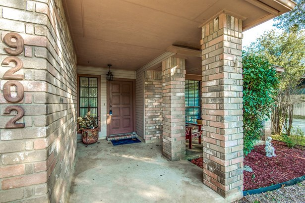 9202  Broxton  , San Antonio, TX - USA (photo 4)