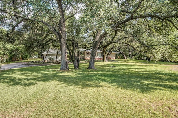 2860  Nacogdoches , San Antonio, TX - USA (photo 1)