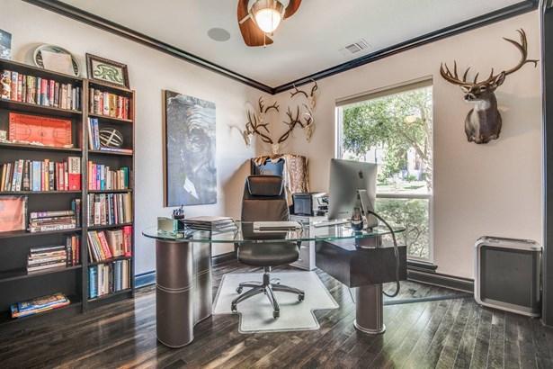 306  Evans Oaks Ln. , San Antonio, TX - USA (photo 5)