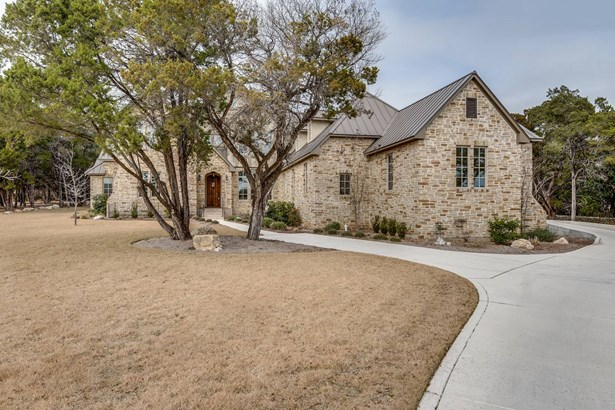 838  Uluru Avenue , New Braunfels, TX - USA (photo 2)