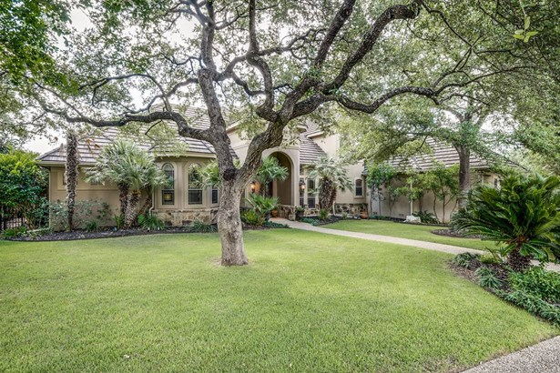 2  Royal Gardens Dr , San Antonio, TX - USA (photo 1)