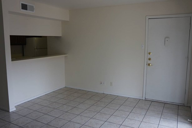 4803  Hamilton Wolfe Unit 304, San Antonio, TX - USA (photo 3)