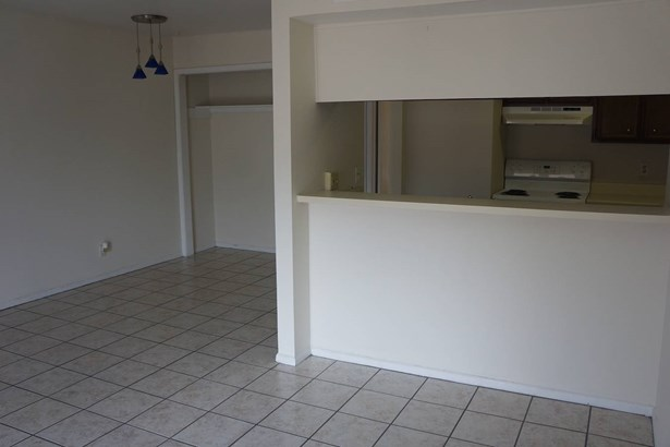 4803  Hamilton Wolfe Unit 304, San Antonio, TX - USA (photo 4)