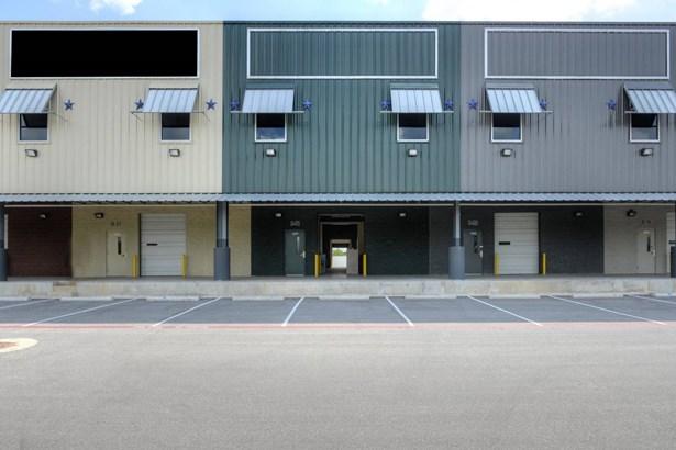9342  South East Loop 410 Unit B21, San Antonio, TX - USA (photo 1)