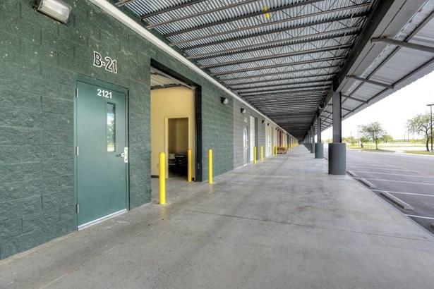 9342  South East Loop 410 Unit B21, San Antonio, TX - USA (photo 3)