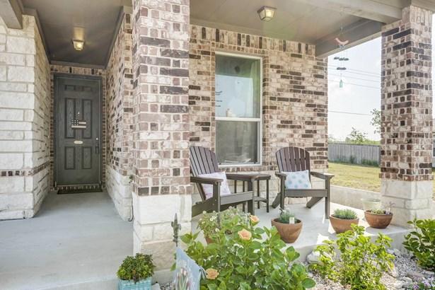 3825  Legend Hill , New Braunfels, TX - USA (photo 2)