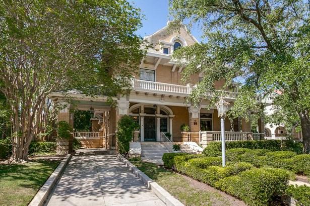501 W. French , San Antonio, TX - USA (photo 1)