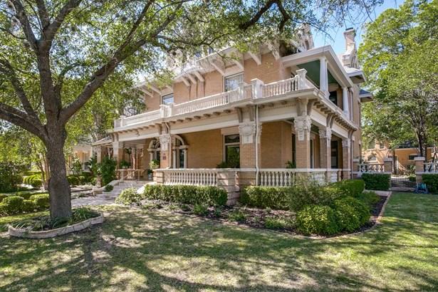 501 W. French , San Antonio, TX - USA (photo 2)