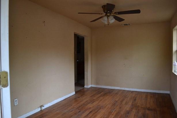 2513  West Poplar Street , San Antonio, TX - USA (photo 5)