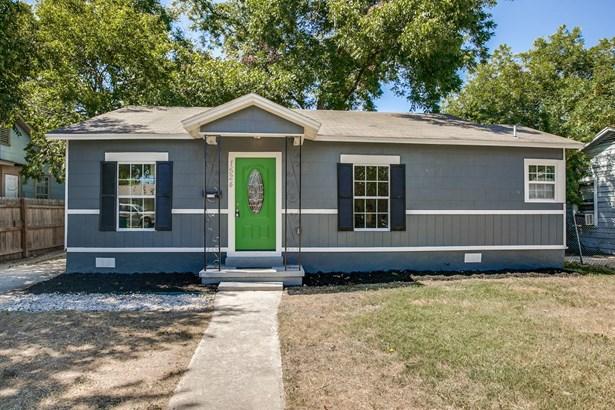 1524 W. Hollywood Ave , San Antonio, TX - USA (photo 1)
