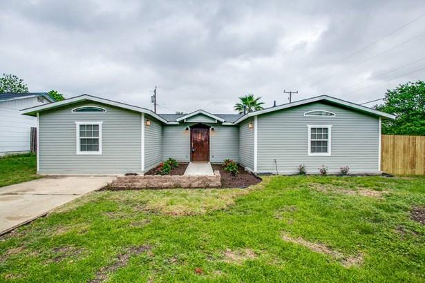 3103  Greenacres St , San Antonio, TX - USA (photo 2)