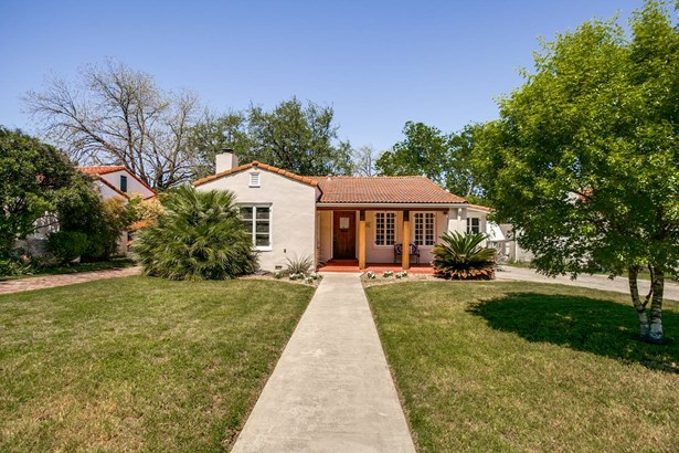 229 W Hollywood , San Antonio, TX - USA (photo 1)