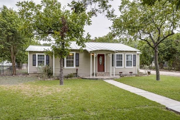225 E. Main , New Braunfels, TX - USA (photo 2)