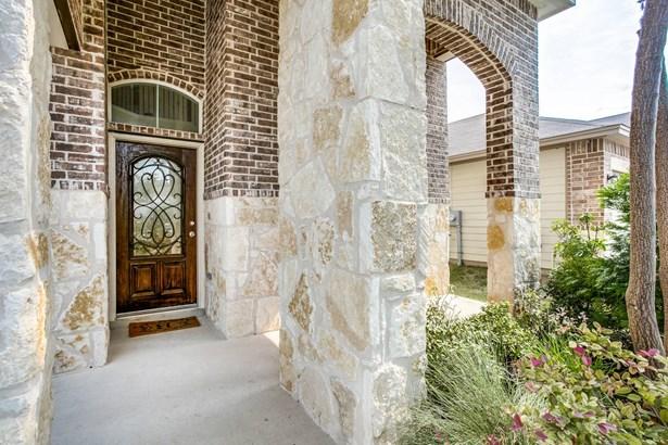 9026  Herman Hollow , San Antonio, TX - USA (photo 2)