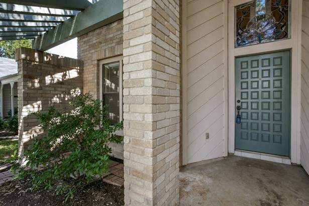 16906  Summer Creek Drive , San Antonio, TX - USA (photo 3)