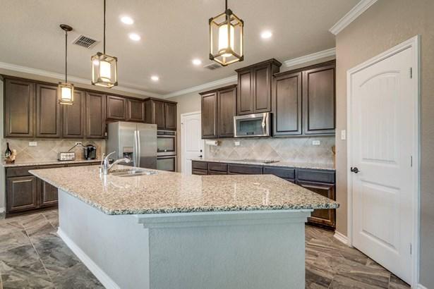 4626  Sebastian Oak , San Antonio, TX - USA (photo 5)