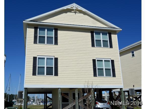 Townhouse - New Bern, NC (photo 1)