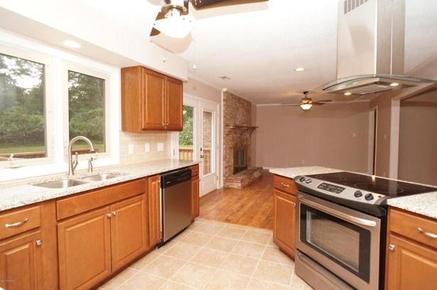 Single Family Residence - Trent Woods, NC (photo 3)