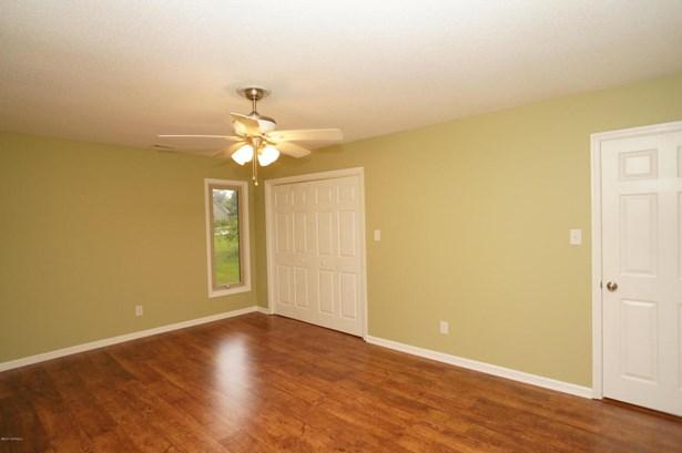Single Family Residence - Trent Woods, NC (photo 4)